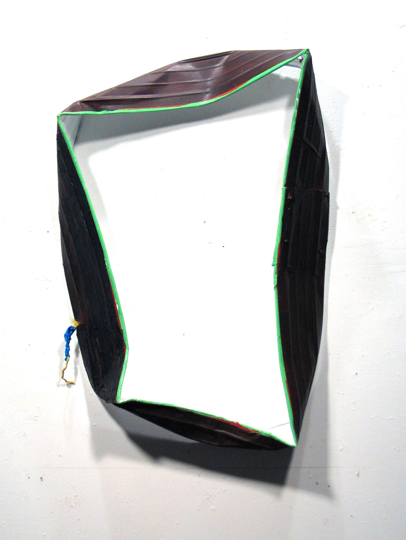 Collar 37x25x6in-1